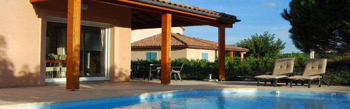 Ferienhäuser mit eigenem Pool