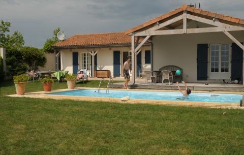 6-Personen Ferienhaus Vonne Swimmingpool