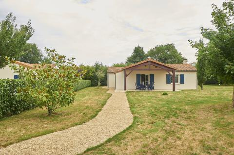 4-Personen Ferienhaus Villa + Swimming Pool